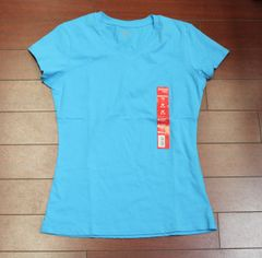 Danskin Now Women Essential Tee short sleeve V neck Light Blue Size 8-10