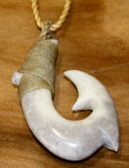 Hawaiian Fish Hook Double Barb Moose Antler Necklace 19