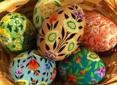 Kashmir Eggs - Nouveau Floral