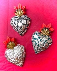 Sacred Heart with Milagros - small