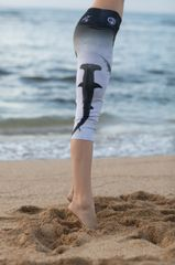 The Hammerhead Black & White Capri #SaveSharks