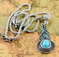 Elegant Imitation Turquoise Fancy Pendant With Chain