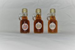 3 Bottle Sample Kit of Pure Vermont Maple Syrup.