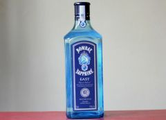 Bombay Saphire East Dry Gin