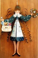 Daisy the Painter Windchime Pattern and Kit