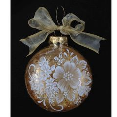 Elegant Gold Leaf and Brush Embroidery Flower Ornament Pattern