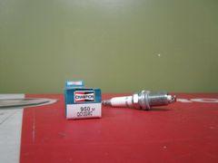 Champion spark plug 950M QC12GMC