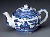 Blue Willow Design China Tea Pot