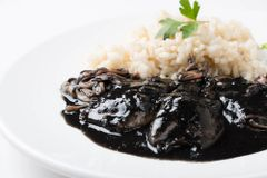 Thur., May 30th: Txipirones en su Tinta (Squid in its Own Ink) - (Time to Cook: 30 min. / Cook by Day: Friday)