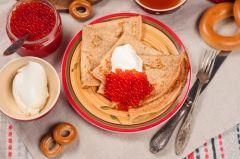 Previous Item: Russian Maslenitsa Festival: Potato Blinis with Steamed Turbot, Salmon Roe, Horseradish Crème Fraîche & Dressed Arugula ($18 Per Person / Time to Cook: 20 min. / Cook by Day: Friday)