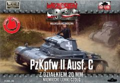 1/72 Pz.Kpfw.II Ausf.C German Light Tank - First to Fight 010