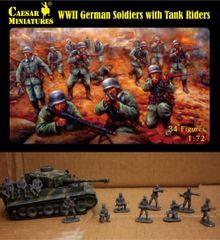 1/72 WWII German Soldiers w/Tank Riders (34+) - Caesar 77