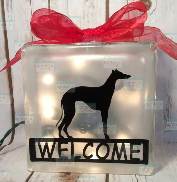 Welcome with dog of your choice LightBox