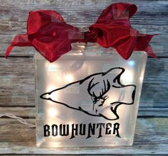 Bowhunter with Arrow etched glass LightBox