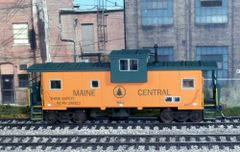 ATLAS HO MAINE CENTRAL #654 CUSTOM PAINTED CABOOSE R-T-R