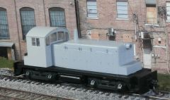 WALTHERS HO#932-1350 UNDECORATED EMD SW-1 WITH DCC INSTALLED