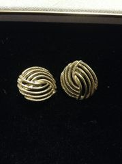 Vintage Goldtone Swirl Clip on Earrings