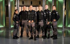 Flashpoint Cast Photo 2