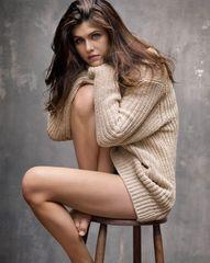 Alexandra Daddario 5