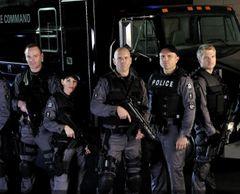 Flashpoint Cast Photo 1