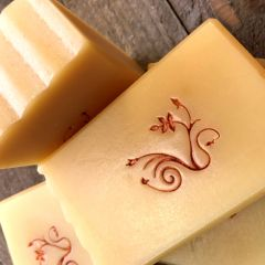 (N7B) Spiced Fire scented soap - scented with sweet orange, cinnamon, clove & cardamom essential oils