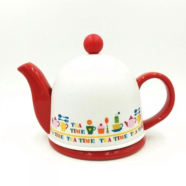 Cozy Porcelain Tea Pot with Infuser and Pot Warmer (Red)