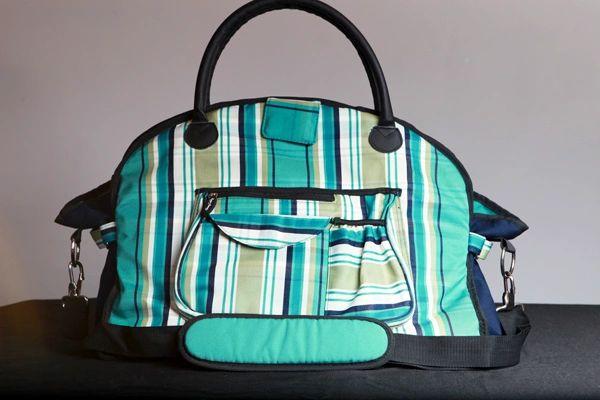 02fe40b0ff ladies weekender bag