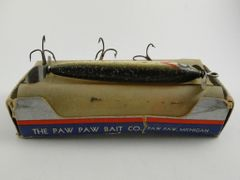 Paw Paw Aristocrat Shiner Minnow FLOATER Wood Fishing Lure in Correct 8500 Box