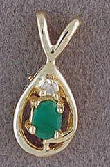 Ladies Diamond and Emerald Pendant