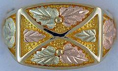 Gentleman's Black Hills Gold Ring