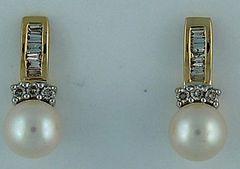 Ladies Pearl and Diamond Drop Earrings