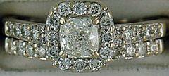 Ladies 1ctw Halo Style Diamond Wedding Set