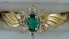 Ladies Green Stone and Diamond Ring