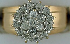 A Ladies 1ctw Diamond Cluster Ring