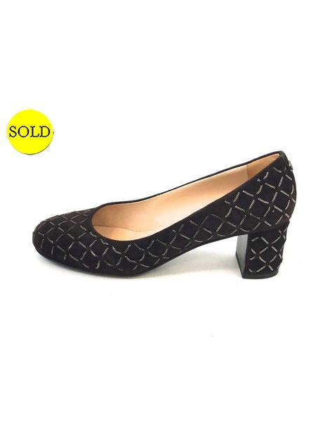 82926e53f829 CHANEL SUEDE QUILTED PUMP SIZE 39 IT (9 US)