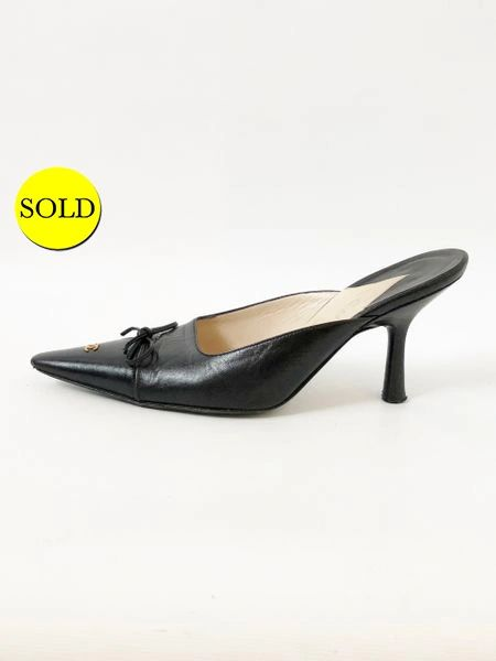 04412fceba0c CHANEL LEATHER POINTED TOE MULE SIZE 37 IT (7 US)