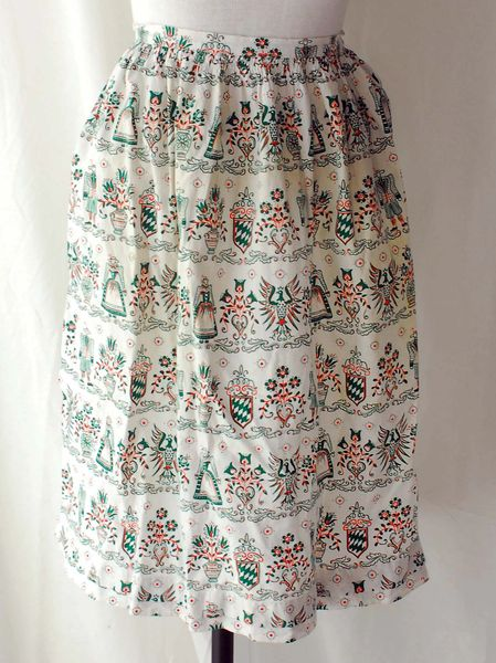 1960s White Cotton Apron with Green and Orange Dutch Style Pattern