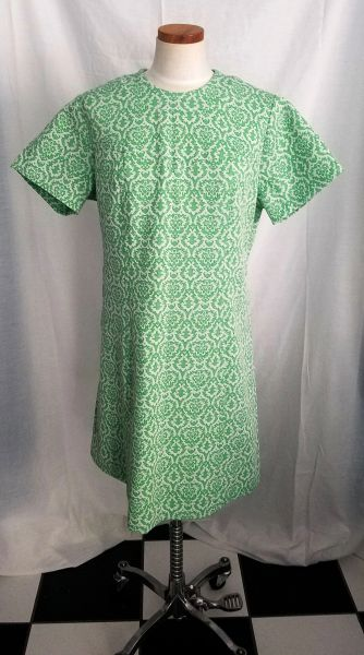 2da5e15ab98 Women's 1970s Sears Fashions Green and White Polyester Dress | Vintage  Swank - Vintage Clothing, Mid-Century Modern Furniture