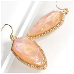 Piper Earrings - Peach