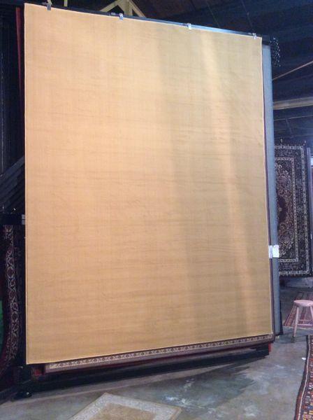 Creme Solid 8x11 machinemade rug