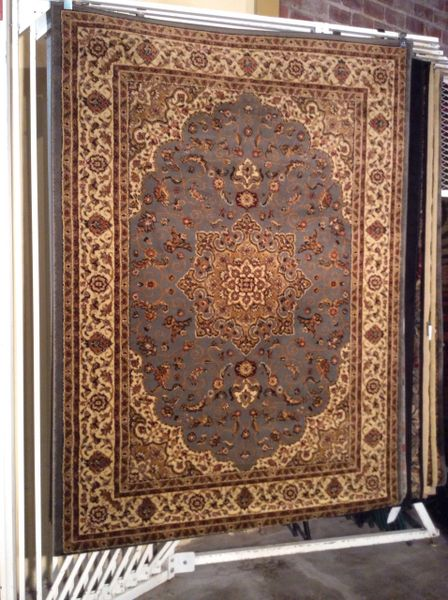 Persian medallion design 5x8 machine made rug