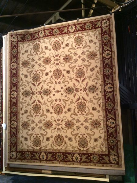 Creme and burgundy persian pattern 8x10 machine-made rug