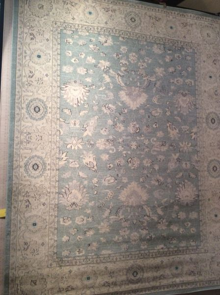 Light Subdued Antique Blue 8x11 Machinemade Rug