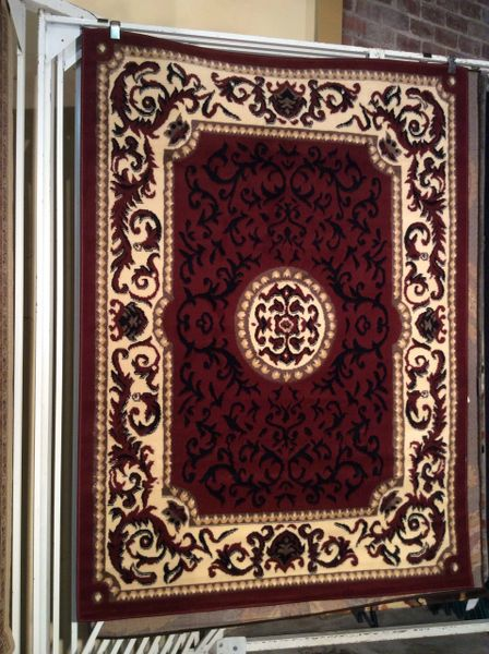 Red and black Victorian design 5x8 machine made rug