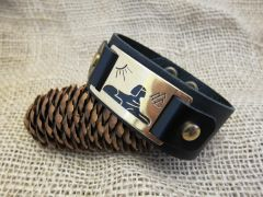 Leather and brass cuff - The Sphynx