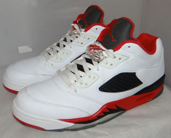 Low Jordan 5 Fire Red Size 11.5 819171 101 #5077
