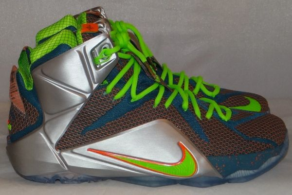 "New Lebron 12 ""Trillion Dollar"" Size 11 #3322"