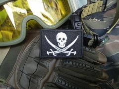 Cool Jolly Roger Pirate Flag Skull Patch Applique 7cm