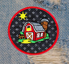 Cute Farm Barn Patch 7.5cm Applique