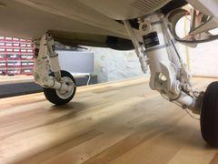 1/7th scale F-18 Hornet main gear super detail kit